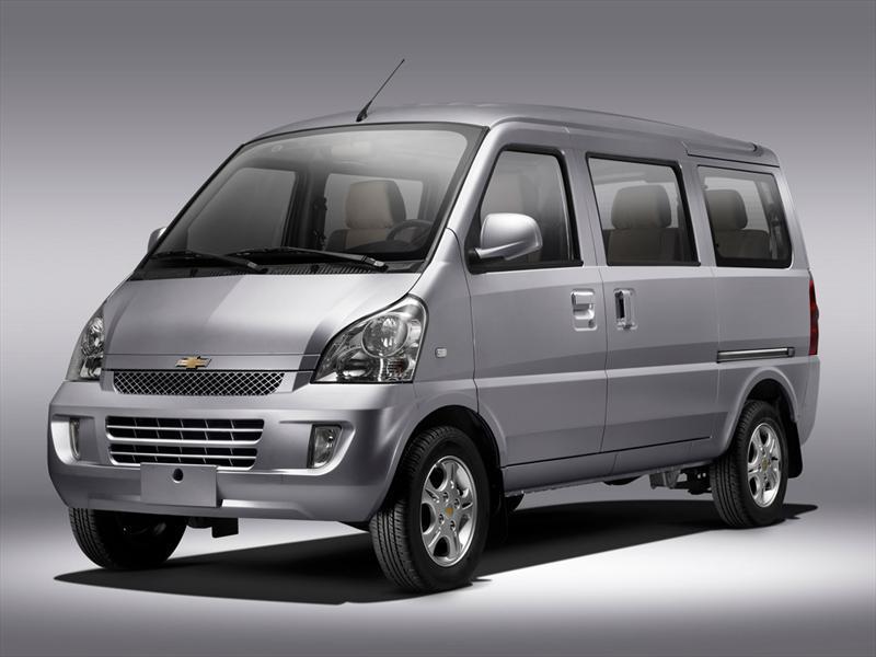 Chevrolet Van 2013 foto - 1