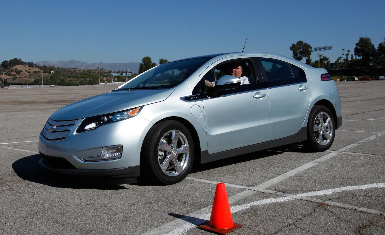 Chevrolet Volt 2011 foto - 2