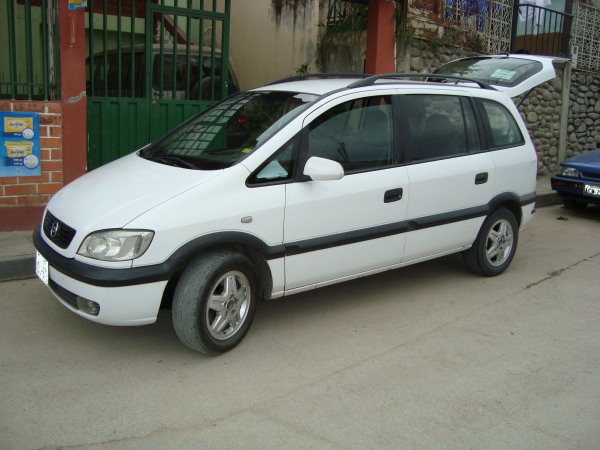 Chevrolet Zafira 2003 foto - 2