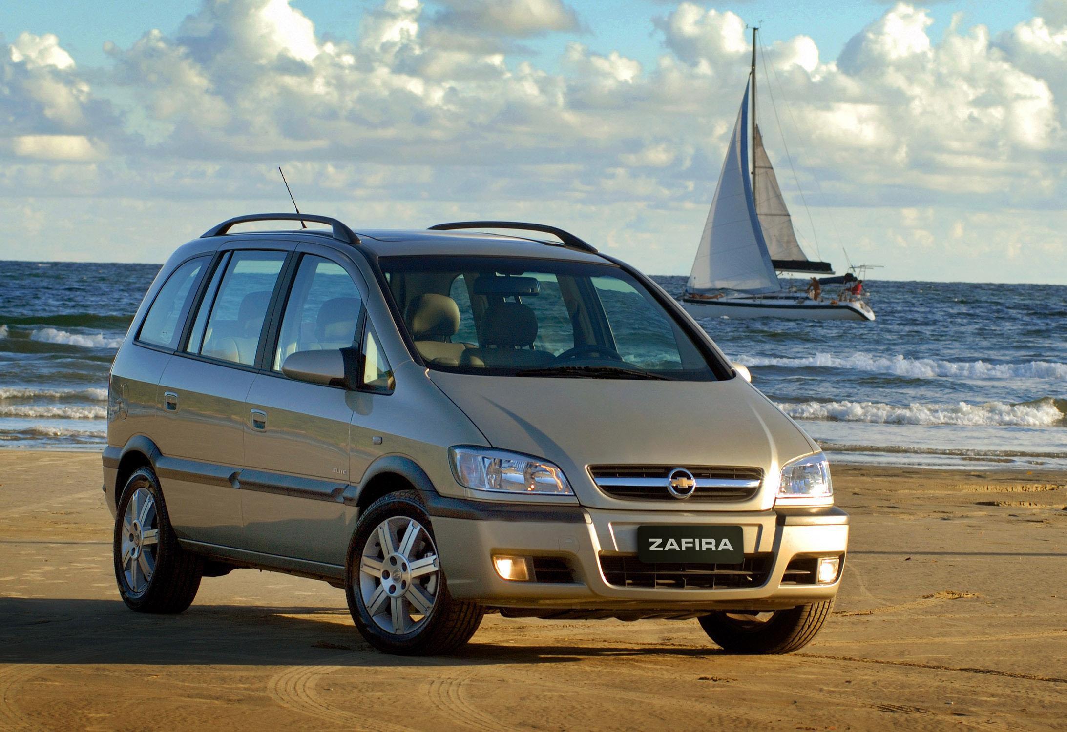 Chevrolet Zafira 2014 foto - 1