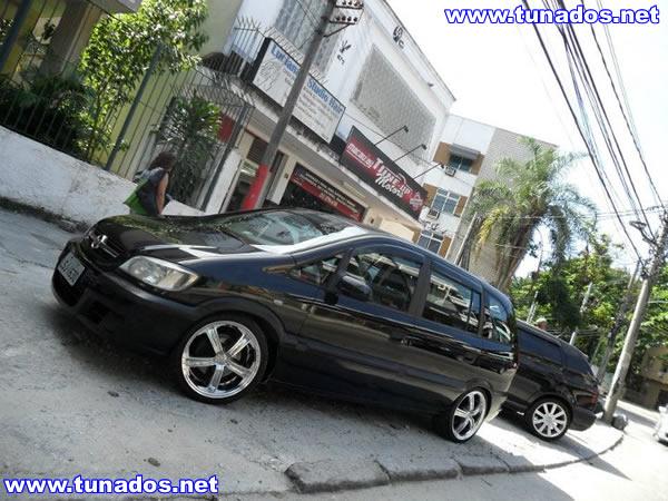Chevrolet Zafira 2015 foto - 3