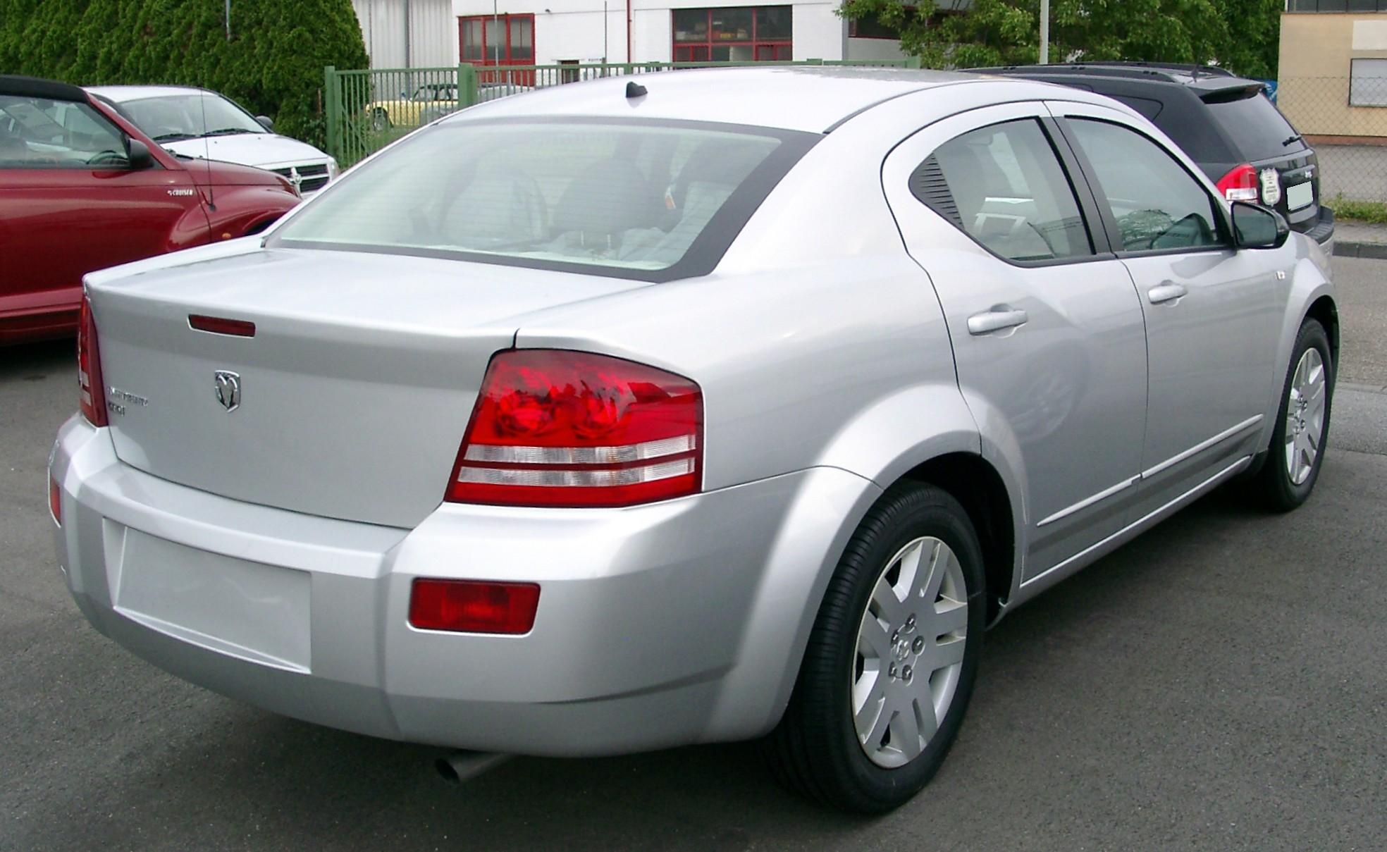 Dodge Avenger 2005 foto - 2