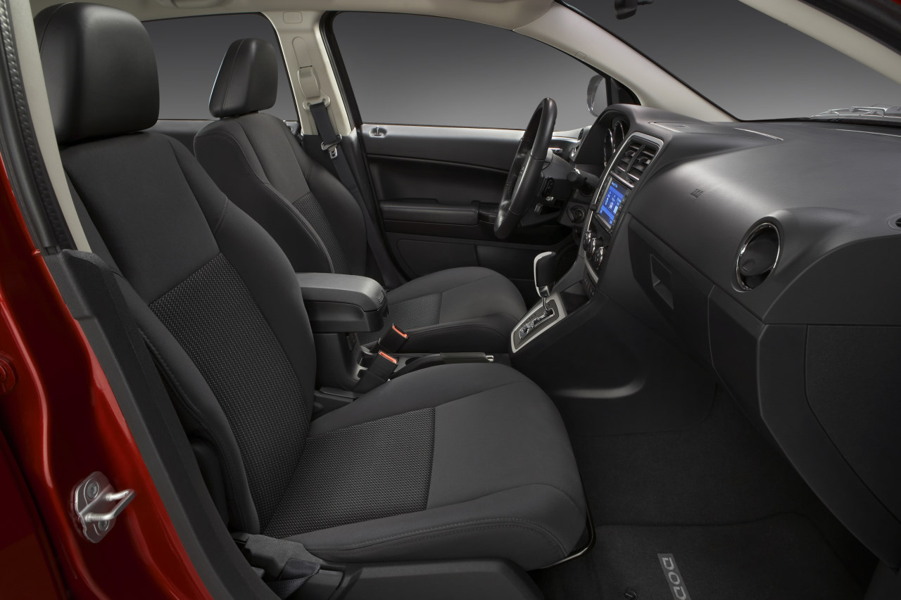Dodge Caliber 2011 foto - 4