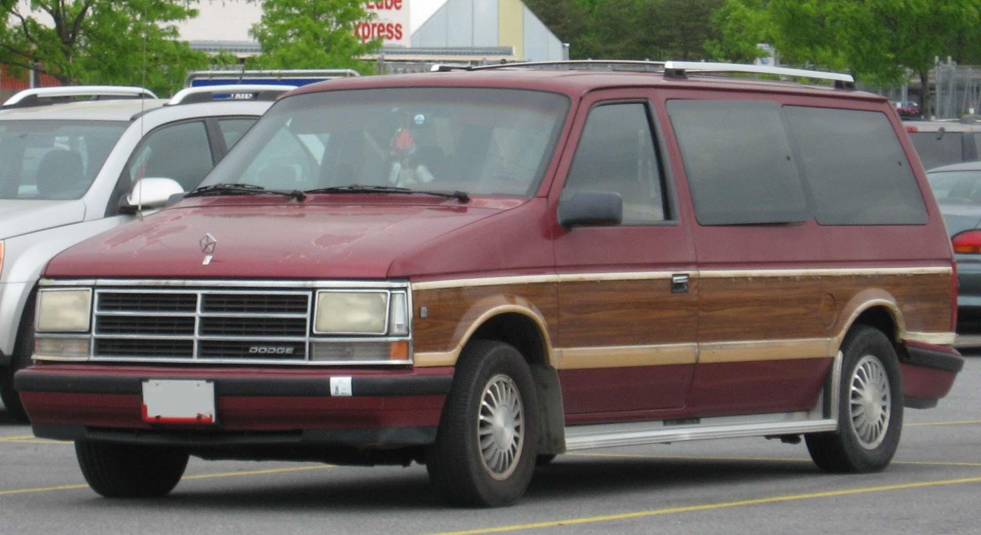 Dodge Caravan 1984 foto - 2