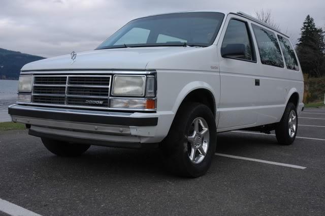 Dodge Caravan 1985 foto - 3