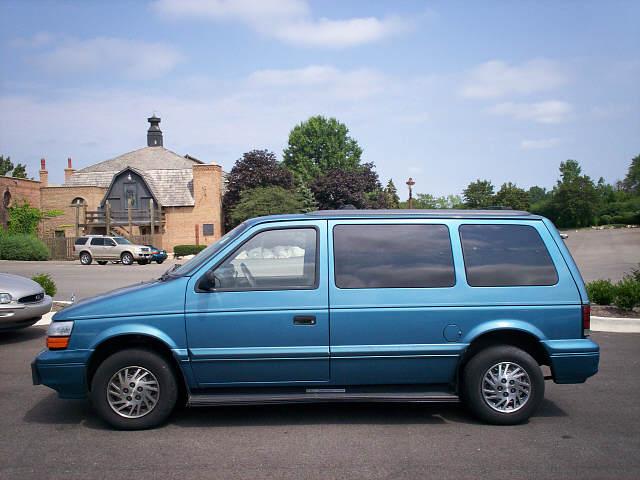 Dodge Caravan 1987 foto - 3
