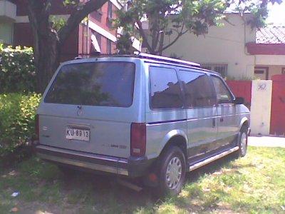 Dodge Caravan 1988 foto - 2