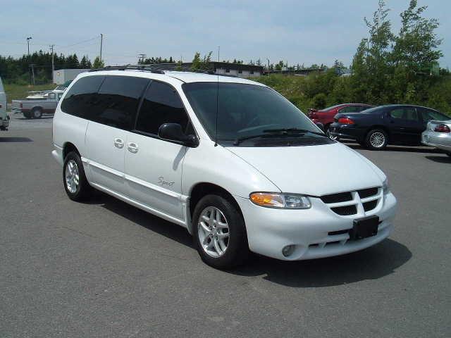 Dodge Caravan 2000 foto - 1