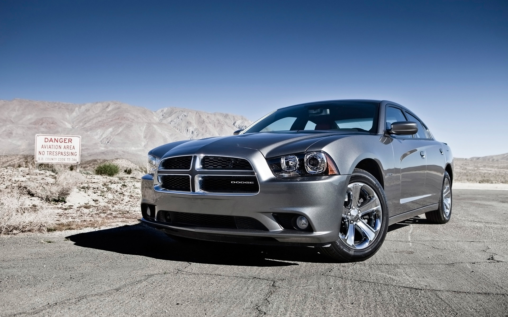 Dodge Charger 2012 foto - 2
