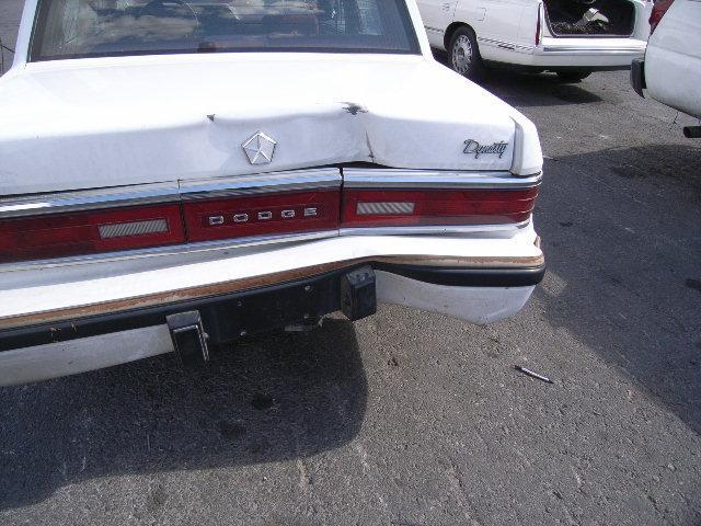 Dodge Dynasty 1991 foto - 3