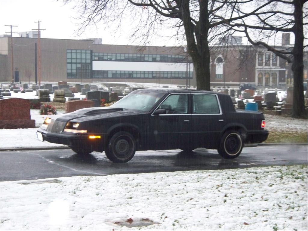 Dodge Dynasty 1992 foto - 4