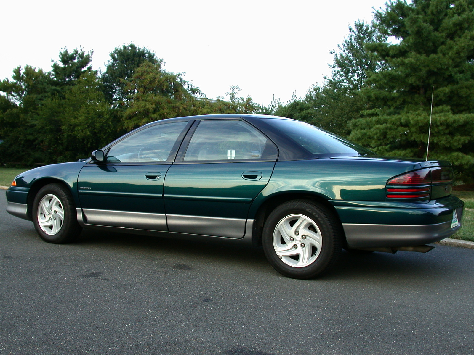 Dodge Intrepid 1994 foto - 1