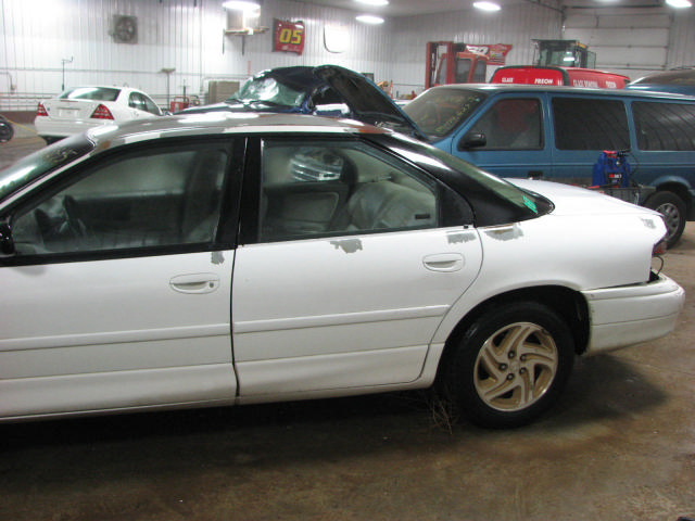 Dodge Intrepid 1995 foto - 3