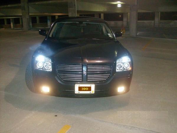 Dodge Magnum 2010 foto - 3