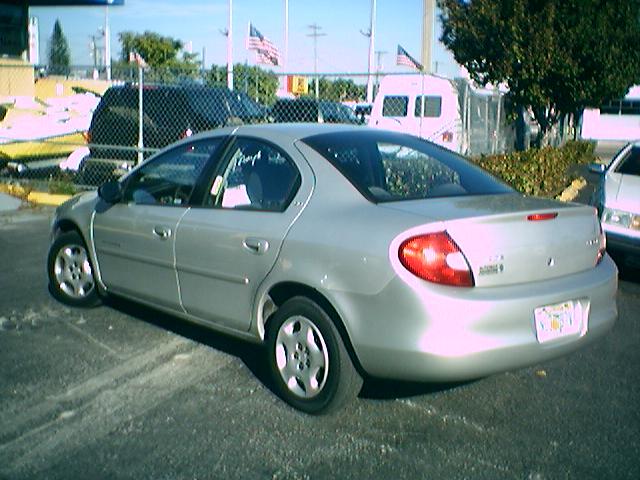 Dodge Neon 2001 foto - 1
