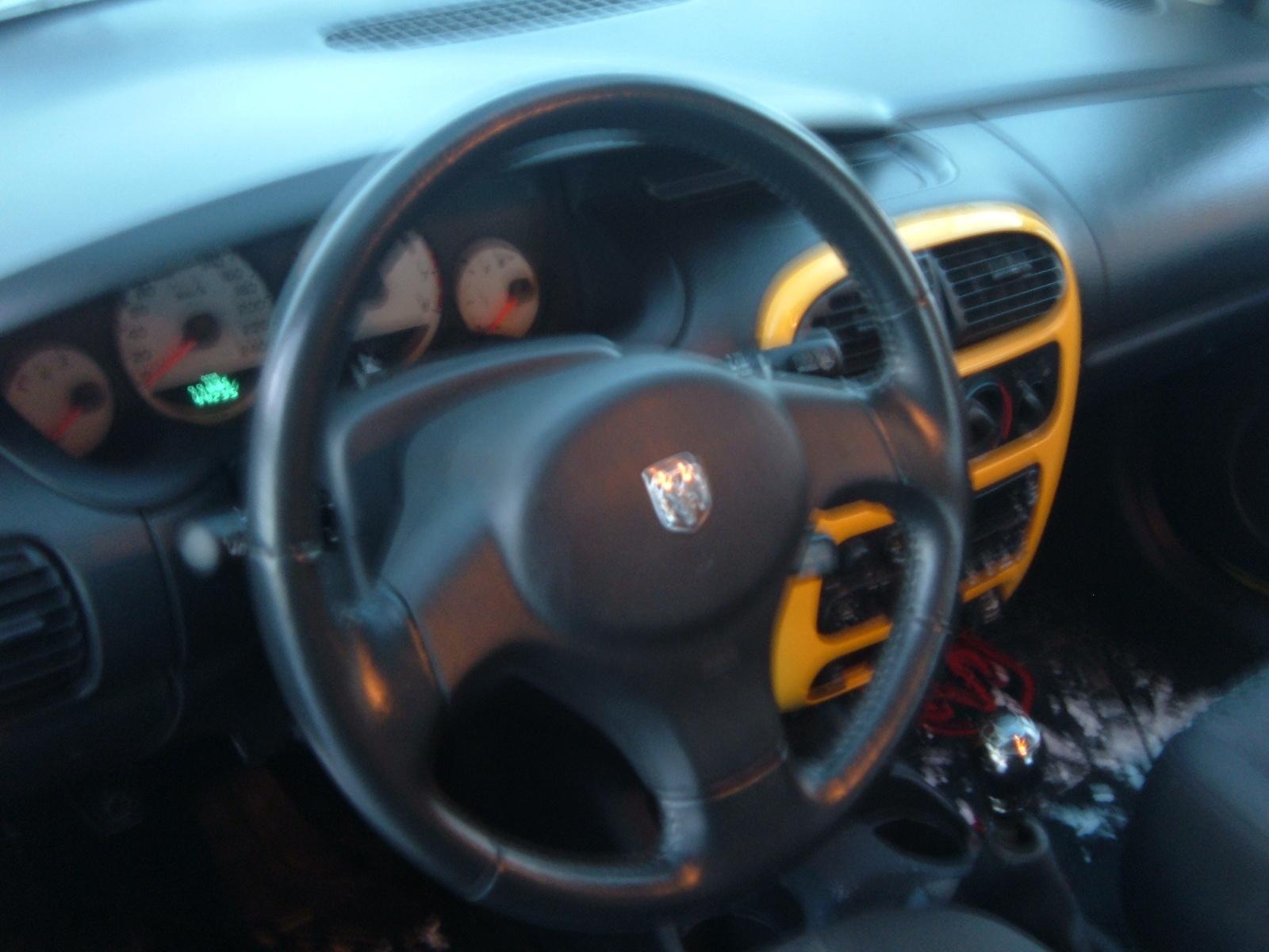 Dodge Neon 2003 foto - 4