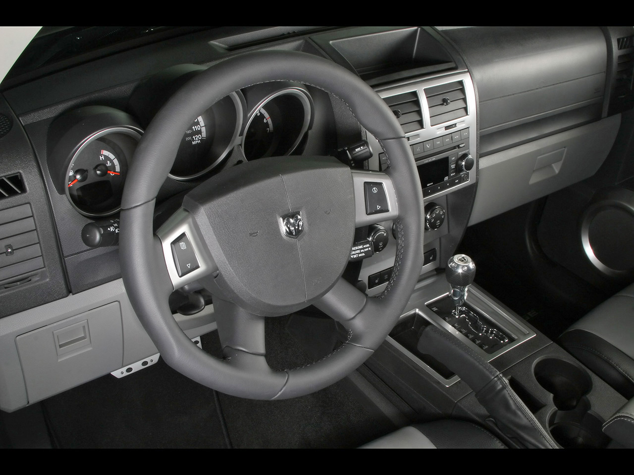 Dodge Nitro 2007 foto - 1