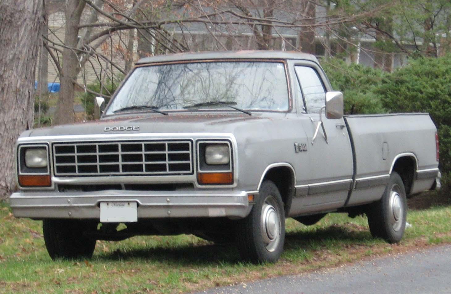 Dodge Ram 1985 foto - 4