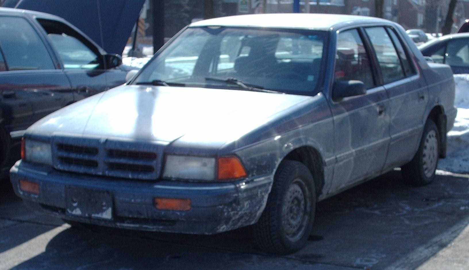 Dodge Spirit 1993 foto - 2