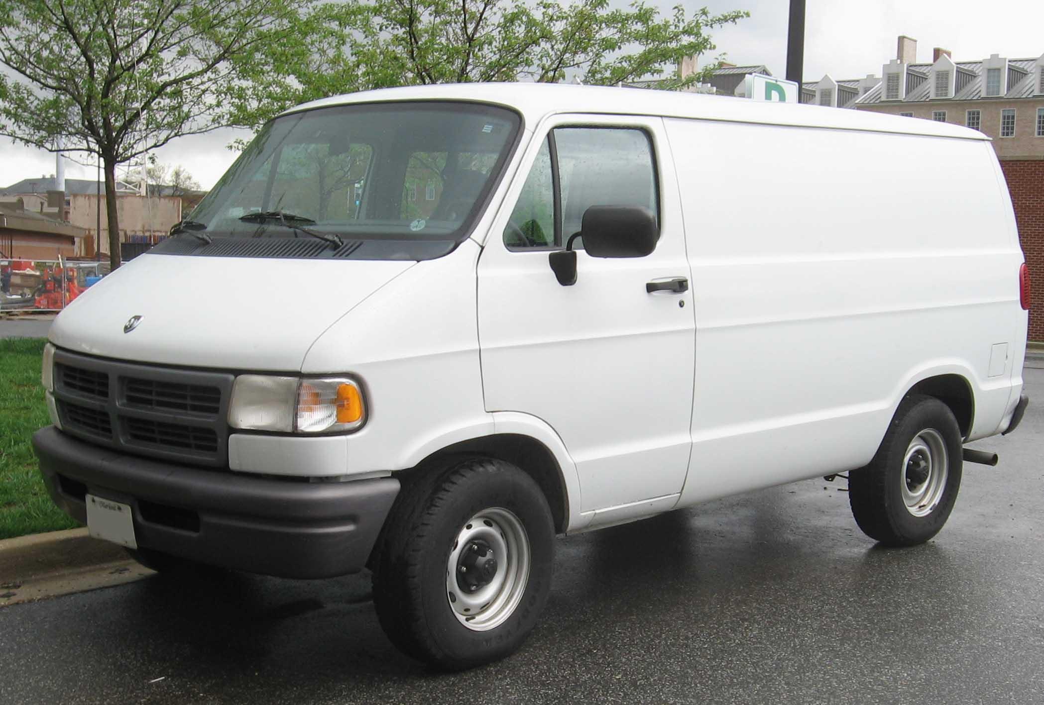 Dodge Van 1999 foto - 1