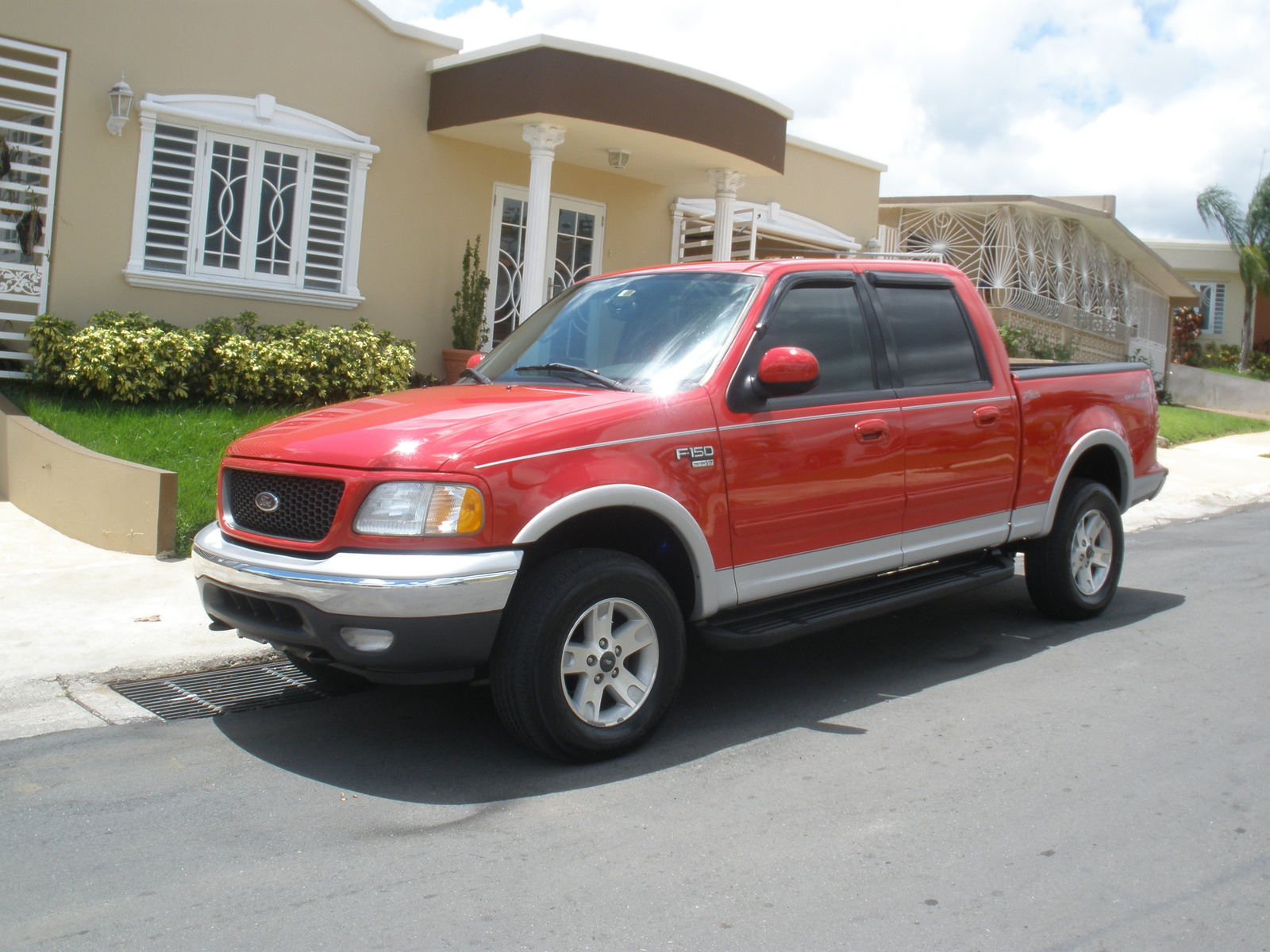 Ford 250 2003 foto - 1