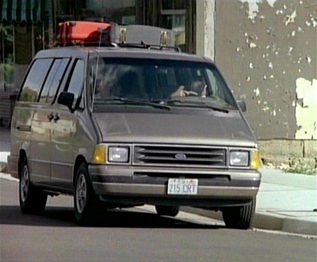 Ford Aerostar 1989 foto - 2