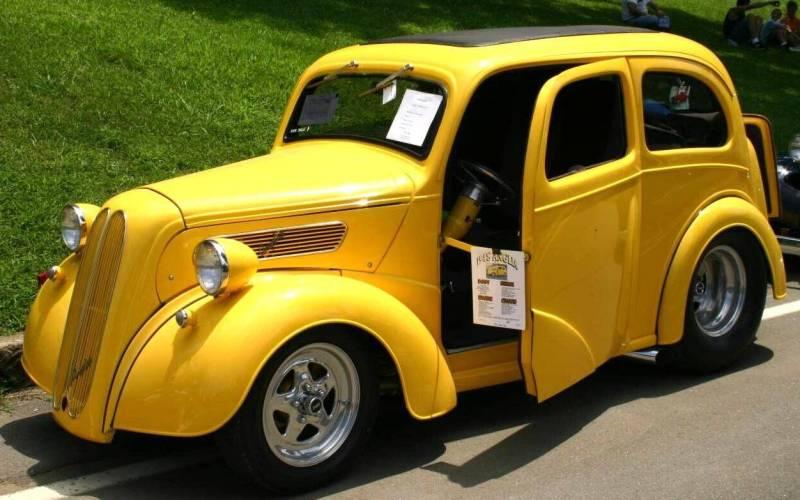 Ford Anglia 1949 foto - 1
