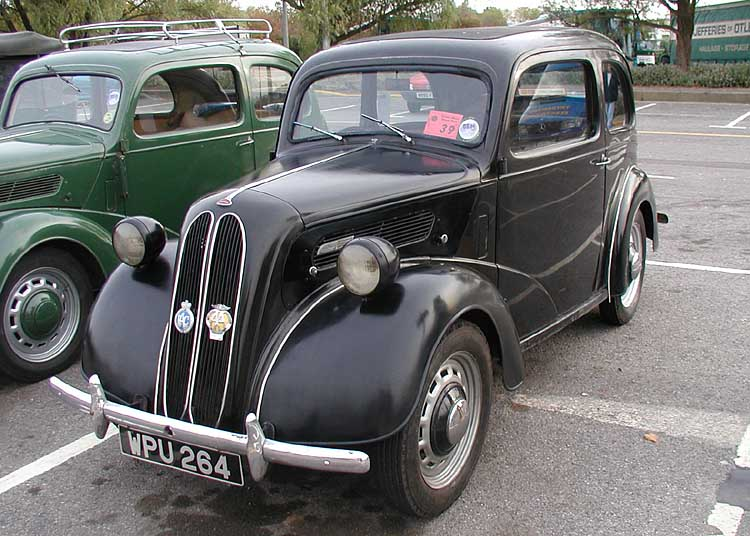 Ford Anglia 1949 foto - 2