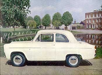 Ford Anglia 1955 foto - 1