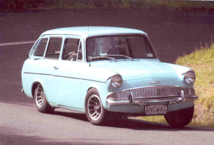 Ford Anglia 1957 foto - 3