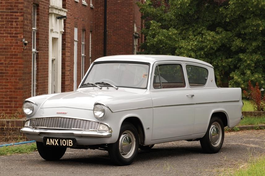 Ford Anglia 1960 foto - 2