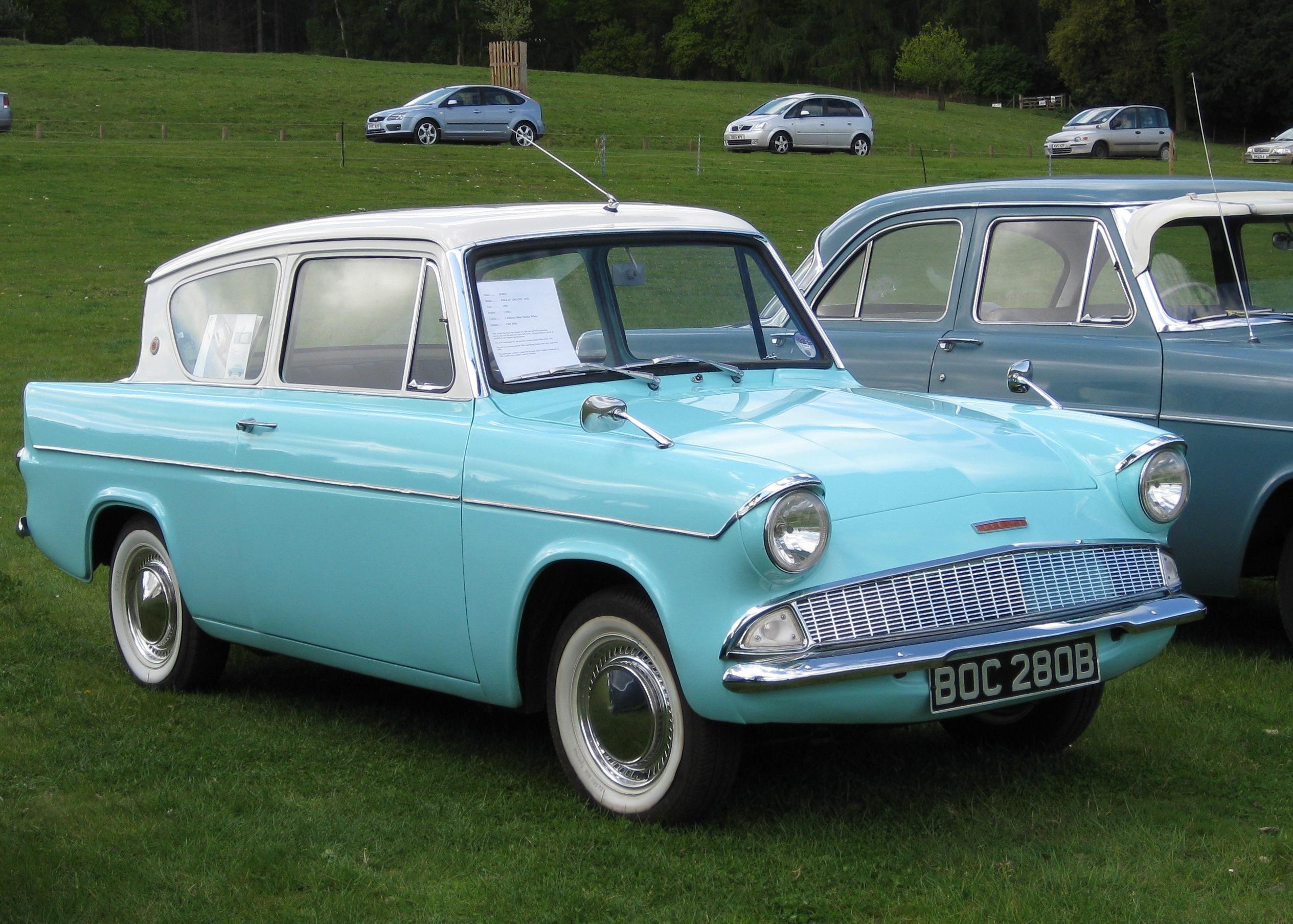 Ford Anglia 1960 foto - 3