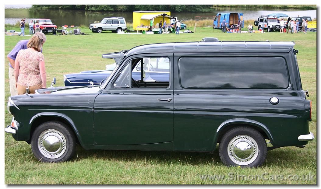 Ford Anglia 1965 foto - 1