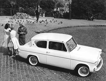 Ford Anglia 1967 foto - 1