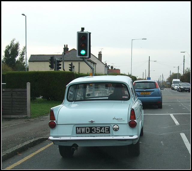 Ford Anglia 1967 foto - 2