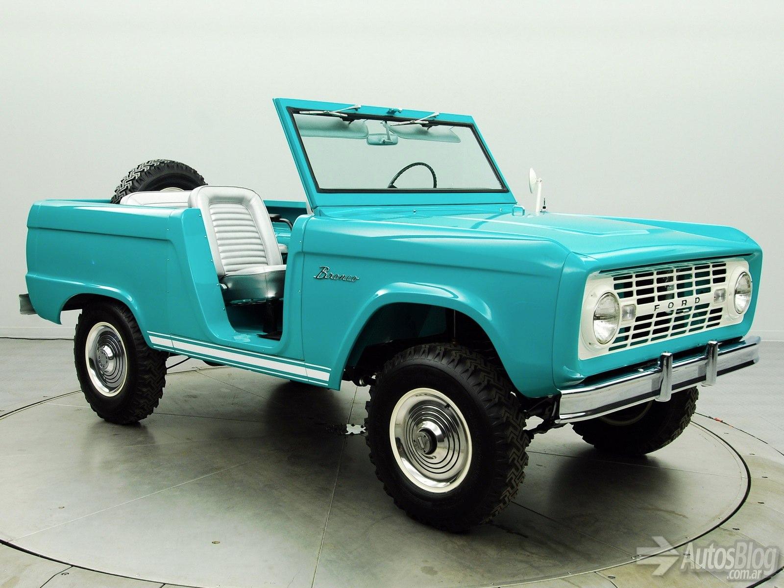 Ford Bronco 1966 foto - 2