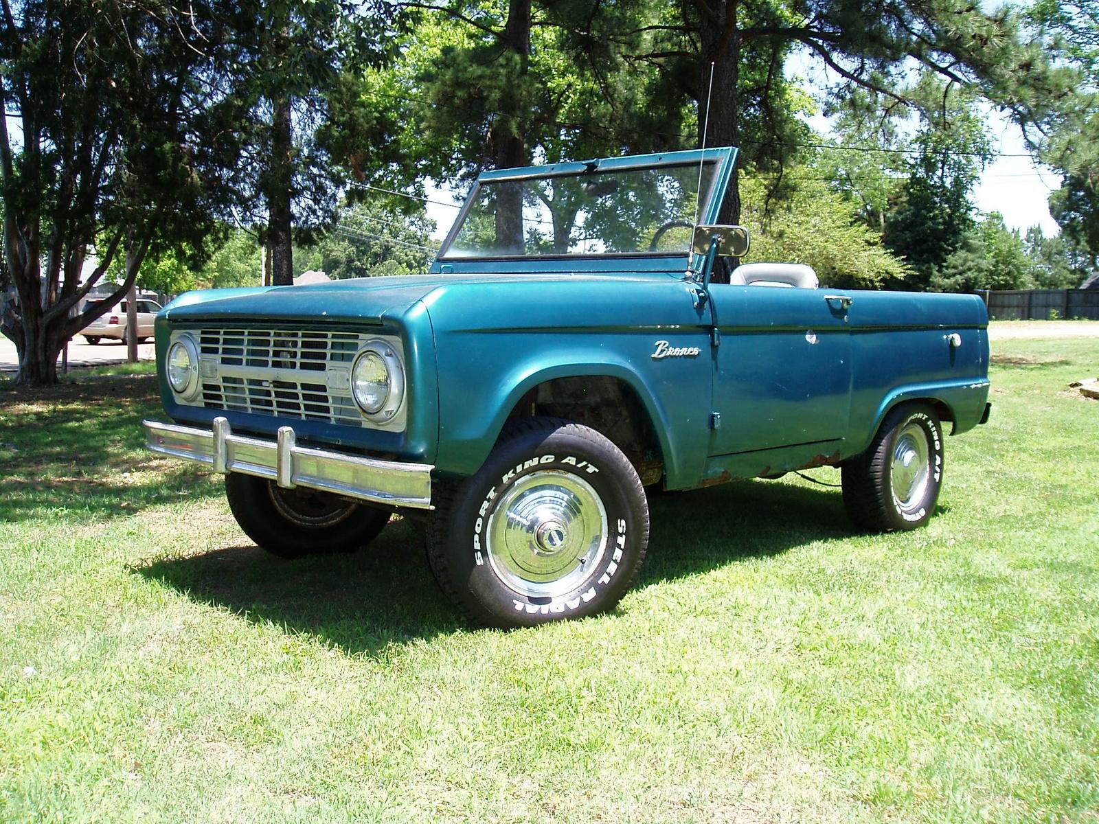 Ford Bronco 1975 foto - 4