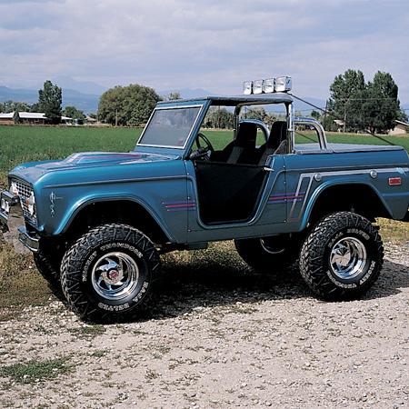 Ford Bronco 1977 foto - 2