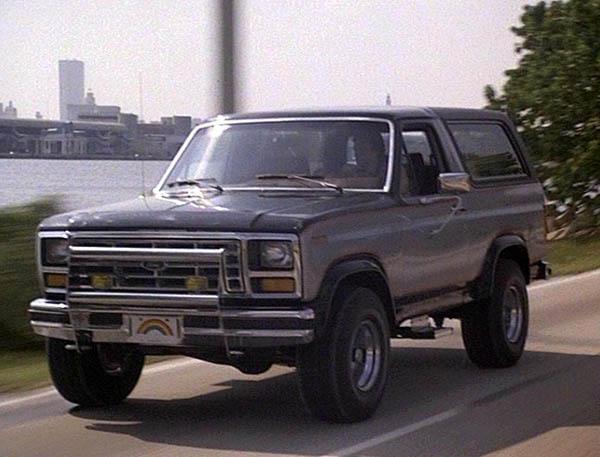 Ford Bronco 1982 foto - 2