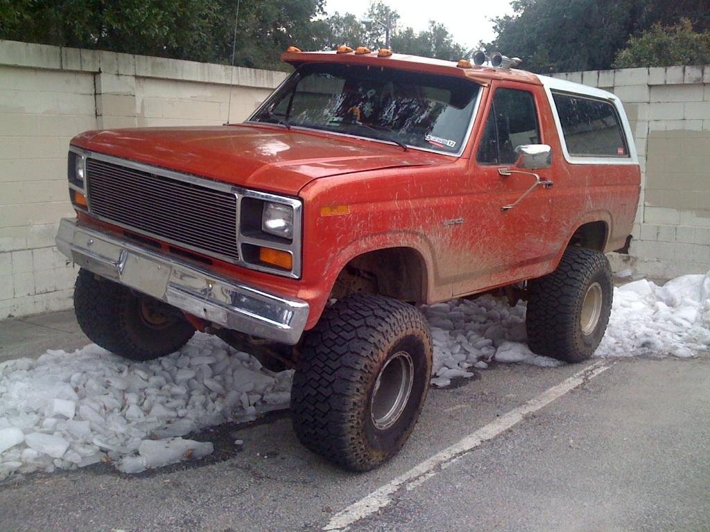 Ford Bronco 1985 foto - 3