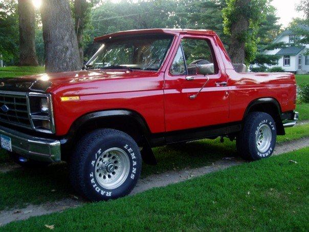 Ford Bronco 1985 foto - 4
