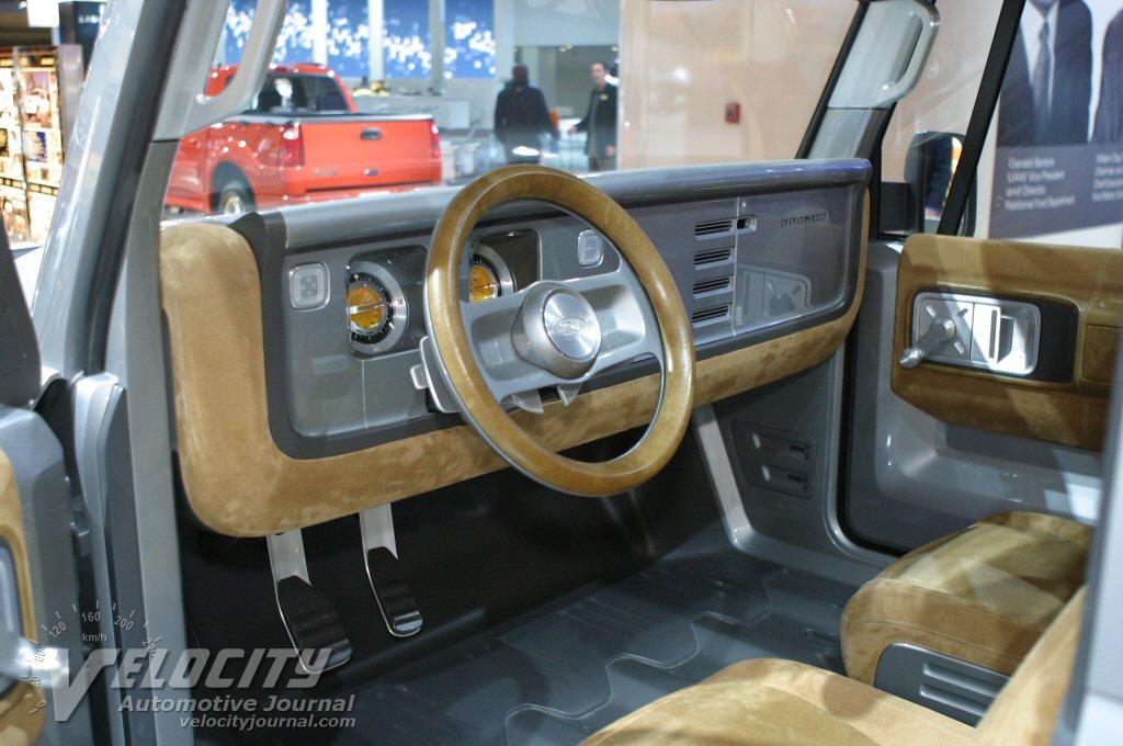 Ford Bronco 2004 foto - 1