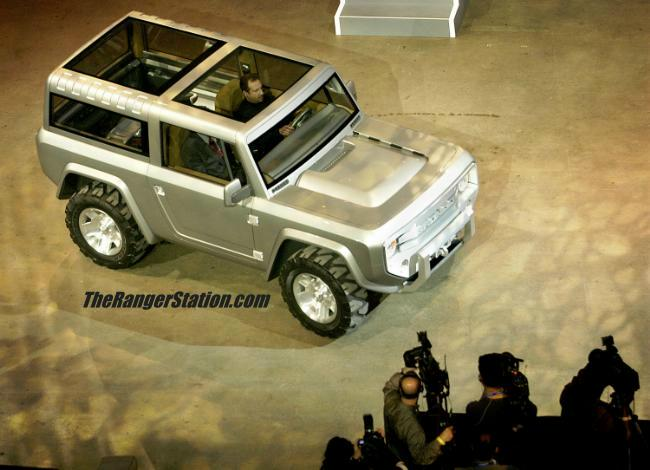 Ford Bronco 2004 foto - 2