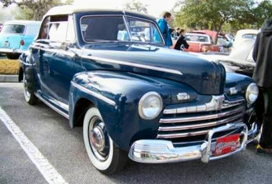 Ford Convertible 1946 foto - 3