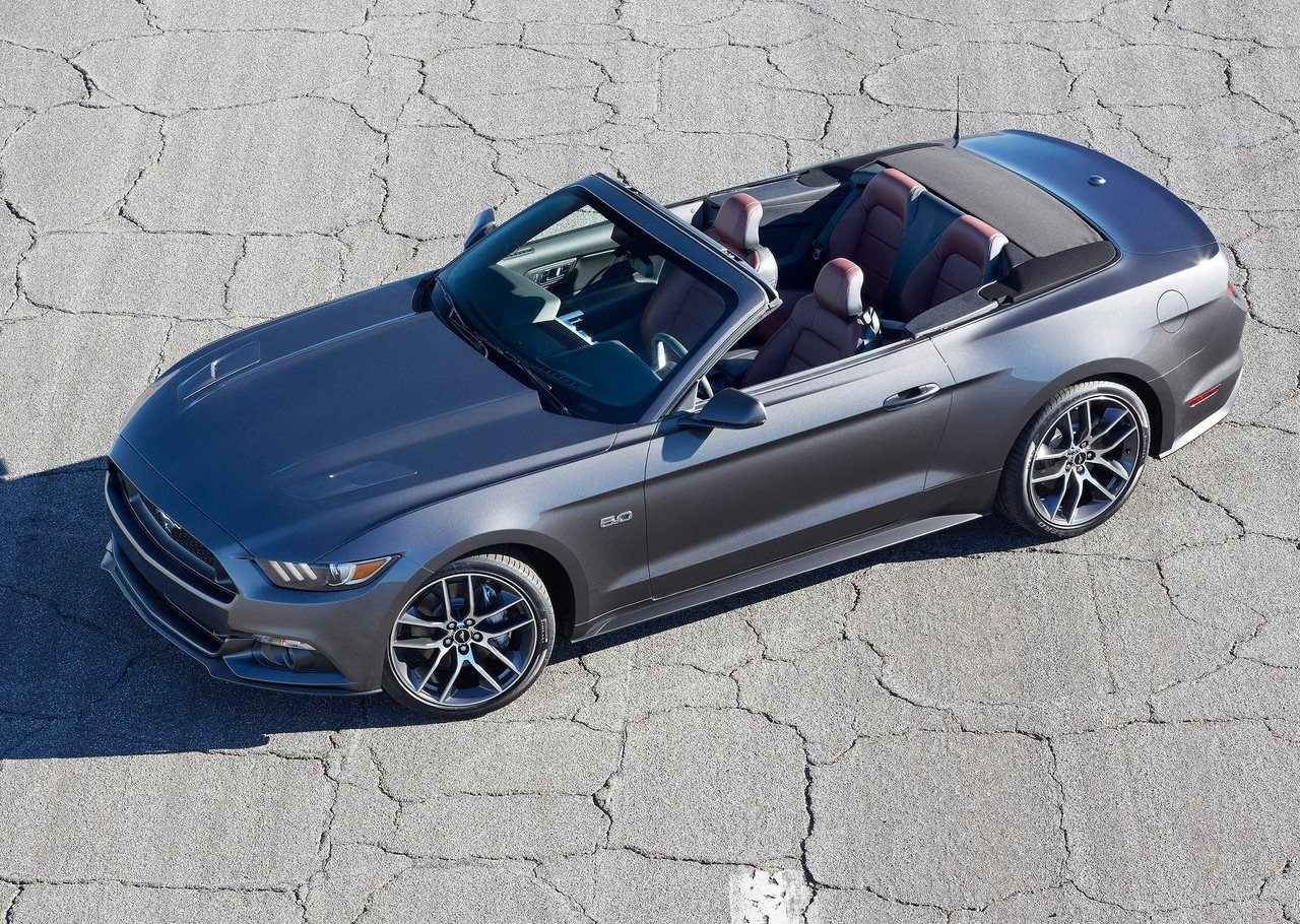 Ford Convertible 2015 foto - 1