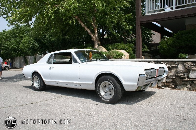 Ford Cougar 1967 foto - 1