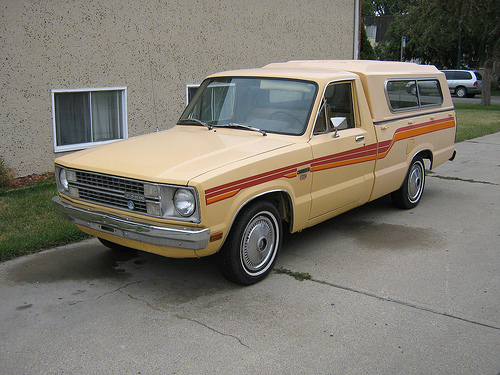 Ford Courier 1982 foto - 2