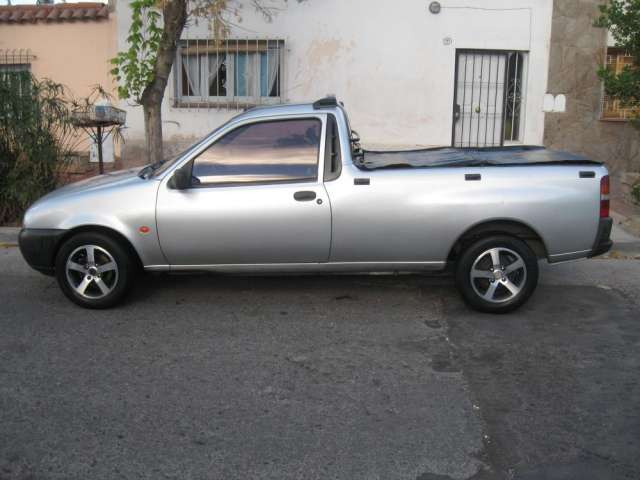 Ford Courier 1998 foto - 3