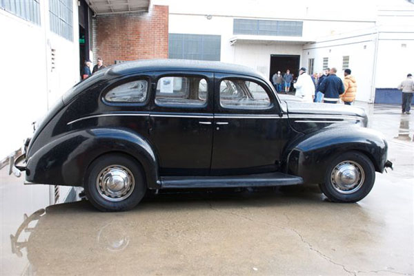 Ford Deluxe 1939 foto - 2