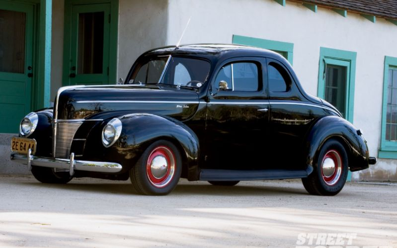Ford Deluxe 1940 foto - 1